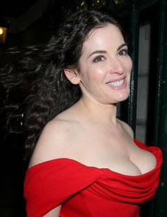 b7aac6d1a8 In the the Bridget Jones era saw us piling on the pounds. Role models such  as Nigella Lawson