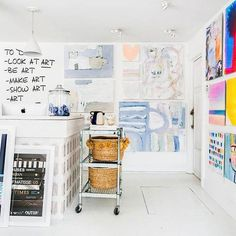 Get inspired by artist Kerri Rosenthal's constantly changing concept shop. Tap the link in our bio to learn more about her design process! Photo by @landinophoto, design by @artkr #SOdomino