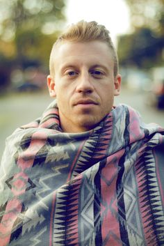 Macklemore     King of the Thrift Shop