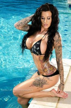 Sexy tattooed girls, which one you like! :) (11 photos)