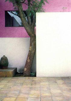 Luis Barragán, Casa Gilardi, Città del Messico. Domus 611 / novembre 1980; vista pagine interne