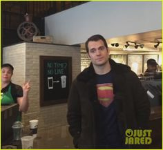 Henry Cavill Wears 'Superman' Shirt in NYC, No One Notices: Photo 3607832 | Batman V Superman, Henry Cavill Pictures | Just Jared