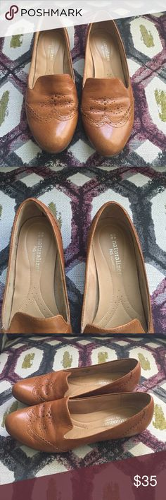 Naturalizer N5 Comfort Flats Size 7 Is size 7 but run big Excellent Condition  No trade Naturalizer Shoes Flats & Loafers