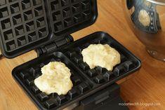 Waffle Iron, Waffles, Kitchen Appliances, Blog, Diy Kitchen Appliances, Home Appliances, Belgian Waffle Iron, Waffle, Blogging