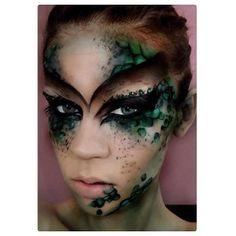 Reptile makeup