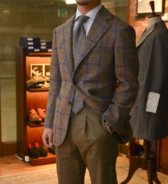 Toronto à la mode - vannikorea: harrisons anniversary tweed jacket...