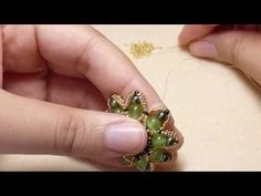 TheHeartBeading: Elda Pendant Tutorial part 1 - YouTube