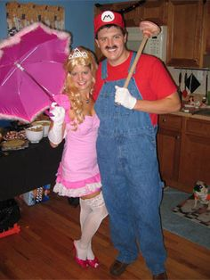 Princess Peach & Mario | 29 Hilarious Couples Halloween Costumes