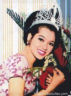 Apasra Hongsakula- Thailand - Miss Universe 1965