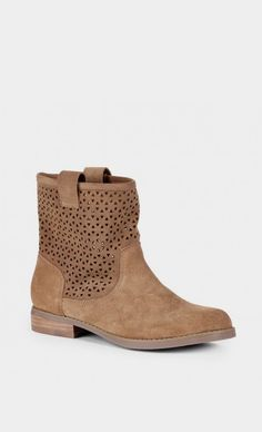 Kaye suede boot