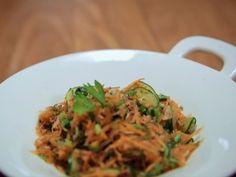 Salada de Vegetais com cenoura, pepino e rabanete. Bela Cozinha (Foto: Reproduo/GNT)