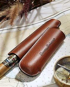 ♂ It's a man's world brown Leather Cigar Tube