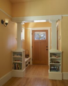 Craftsman Entry Way. This would be a great way to divide the kitchen from the living room and create and stopping place for painting.