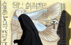 Die giftige Mischung aus nordafrikanisch-arabischer Kultur und Religion, die sich in der Kölner Silvesternacht Bahn brach, wird in Deutschland noch immer beschönigt oder beschwiegen. Islamkritik ist überfällig. Ein Gastbeitrag.