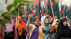 Bangladesh's multibillion dollar garment industry is facing renewed international pressure to increase the minimum wages of textile workers after labor protests in December last year.