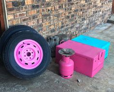 Camping can be very colorful Who else is into pink ? Pink Ferrari, Pink Rims, World Of Wanderlust, Modern Renaissance Palette, Doll Carrier, Pink Plastic, Black Lamps, Stoneware Mugs, Contemporary Ceramics