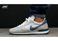 NIKE INTERNATIONALIST (LIGHT BASE GREY / COOL GREY - NEW SLATE - SUMMIT WHITE