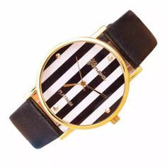 Flash sale  Black faux leather! Dial diameter 4cm Table Bandwidth 2cm Table Length 24cm Accessories Watches