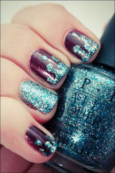 Purple Polish w glitter dripping tips