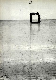 "♂ black & white 90 degree klaus rinke - ""Time-Space-Body and Action"" Gallery L'Attico in Rome 1972 Documenta Kassel, Creative Photography, Art Photography, Geometric Photography, Ligne D Horizon, Photo D Art, Belle Photo, Black And White Photography, Photos"
