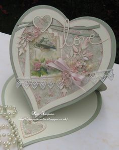 Easel Heart. Bit Box, Spellbinders Cards, Easel, Vintage Art, Followers, 3 D, Decoupage, Decorative Plates, Projects To Try