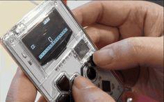 カード型のゲームボーイ風8bitゲーム機 Arduboy。USBコントローラやArduinoコーディング教材にも - Engadget Japanese
