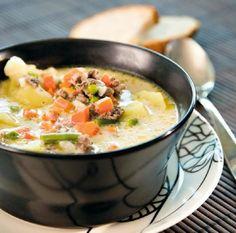 Cheeseburger Chowder, Thai Red Curry, Soup, Menu, Ethnic Recipes, Menu Board Design, Soups