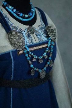 Viking apron dress by Savelyeva Ekaterina Viking Reenactment, Medieval Costume, Medieval Dress, Norse Clothing, Medieval Clothing, Historical Costume, Historical Clothing, Historical Photos, Viking Cosplay