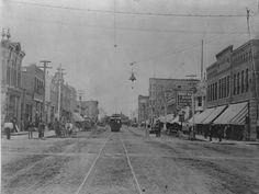Central Avenue in Great Falls featured electric lights and electric trolleys by 1891. Great Falls Story: A Tribute To 125 Years.