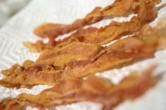 How to Microwave Bacon- Soo Easy and removes most of the fat this way- Only way to do it and is soo crispy!