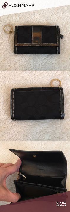 Coach wallet Coach wallet in excellent condition. Coach Bags Wallets