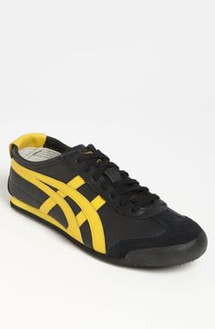 onitsuka tiger mexico 66 black and pink yeezy neck