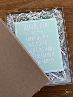 Looking for a cute thank you gift that wont break the bank? Check out this fun mint thank you, with a free print and cut file.