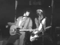 Watch a fantastic Prince concert from 1982 that can't be scrubbed from the Internet | Dangerous Minds
