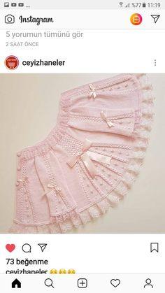 Kol altına 7 ilmek atın ve 1 sThis Pin was discovered by SelDiscover thousands of i Baby Knitting Patterns, Knitting For Kids, Lace Knitting, Baby Patterns, Knit Crochet, Yarn Shop, Baby Cardigan, Baby Sweaters, Crochet Designs
