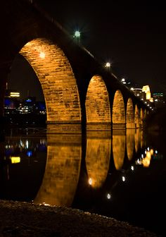 Minneapolis, Minnesota  Stone Arch Bridge.... One of my favorite places in the whole world!
