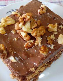 ΜΑΓΕΙΡΙΚΗ ΚΑΙ ΣΥΝΤΑΓΕΣ: Προφιτερόλ με κρέμα,Μπισκότα ολικής,καρύδια & μπανάνα!!!