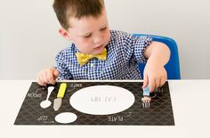 free printable placemat to teach kids how to set the table! Great idea from the Caravan Shoppe! #printable #kidsidea