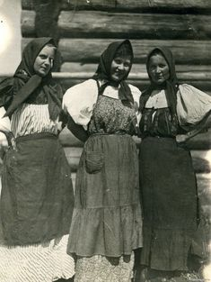 Russian Traditional Dress, Traditional Dresses, Folk Costume, Costumes, Folklore, Russian Folk, Imperial Russia, Soviet Union, Old Photos