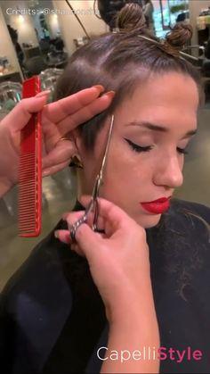Un bellissimo taglio Chic Short Hair, Short Thin Hair, Short Hair With Layers, Short Hair Cuts, Hair Cutting Videos, Hair Cutting Techniques, Hair Videos, Brown Pixie Cut, Medium Hair Styles