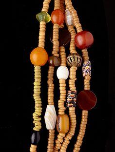 Trade-Bead-Necklace-0181-cu-3