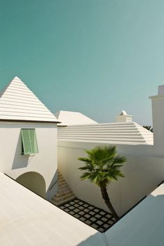 Courtyard of the Santigua House / Alys Beach, FL