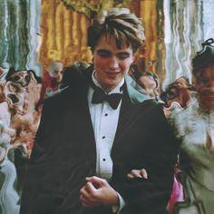 Harry Potter Draco Malfoy, Harry Potter Pictures, Harry Potter Anime, Harry Potter Cast, Hp Movies, Oliver Wood, Robert Pattinson Twilight, Harry Potter Aesthetic, Cute Boys