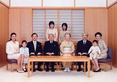 Japanese Imperial Family – (sitting from left) Crown Princess Masako, Princess Aiko, Crown Prince Naruhito, Emperor Akihito, Empress Michiko, Prince Akishino, Prince Hisahito, Princess Akishino;  (standing from left) Princess Kako and Princess Mako