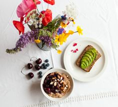 Summer breakfast: Buckwheat porridge with cherry and blueberry compote and (the usual) avocado on rye bread. More on Instagram: @iamlealou