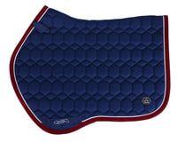 QHP Eldorado Satulahuopa  Eldorado-satulahuopa on anatomisesti muotoiltu.  Imukykyinen homeycomb-kangas imee hikeä erittäin  hyvin.   Yleissatulahuopa, jonka muoto suunniteltu saavuttamaan hyvä kosketuspinta hevoseen Anatomisesti muotoiltu yläpuoli, joka estää hankautumisen Sisältää lyhyet D-rengashihnat, tarranauhalla Pinnoitettu imukykyisillä kennoilla    Osa Q-Cross kenttäratsastusmallistoa! Muoto, Pot Holders, Hot Pads, Potholders
