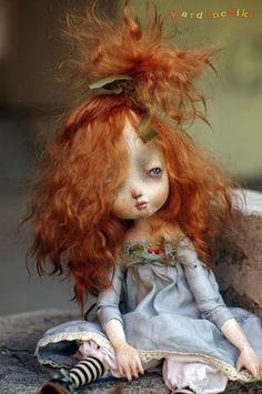 ....gosh..she has my hair ..! Looking as tired as that in the morning too.. (-_-) x