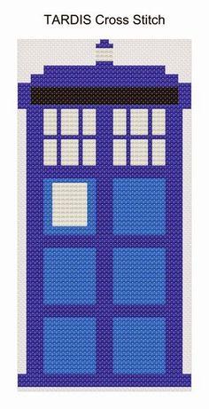 Easy to make Perler Bead Doctor Who Tardis Keychain