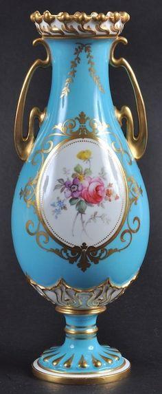 A ROYAL CROWN DERBY FINE TURQUOISE GROUND VASE painted : Lot 1181 Fine Porcelain, Porcelain Ceramics, Painted Porcelain, Royal Crown Derby, Crown Royal, China Painting, China Patterns, Old Antiques, Wood Sculpture