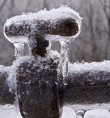 How concerned should you be about freezing pipes?